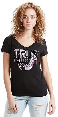 True Religion SPLIT HORSESHOE FOIL ROUNDED V WOMENS TEE