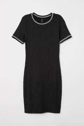 H&M Short-sleeved Jersey Dress - Black