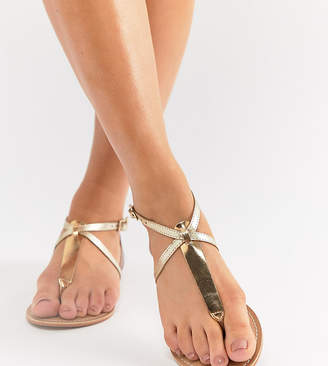 Asos DESIGN Wide Fit Forbes leather flat sandals