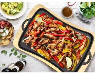 Jim Beam Cast Iron Superior Heat Retention Fajita Pan with Wooden Trivet, Pre-Seasoned Ideal For Barbecuing and Camping