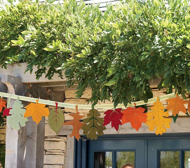 Pottery Barn Kids Thanksgiving Hanging Leaves Garland