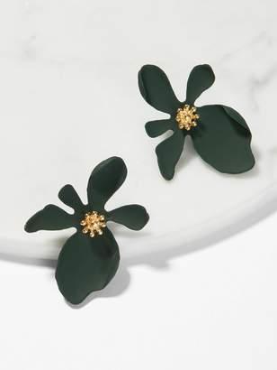 Shein Flower Shaped Stud Earrings 1pair