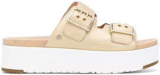 UGG (アグ) - Ugg Australia Cammie sandals
