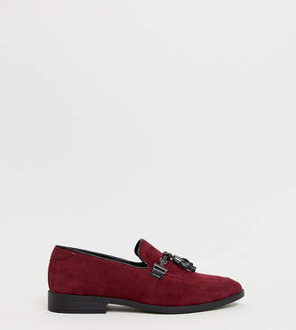 Asos Design DESIGN Wide Fit loafers in burgundy faux suede with tassel