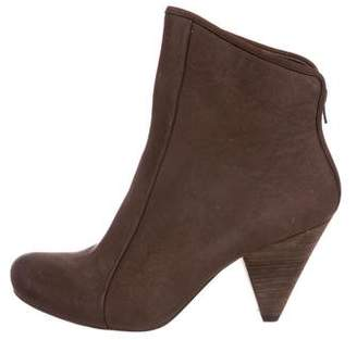 Coclico Nubuck Ankle Boots
