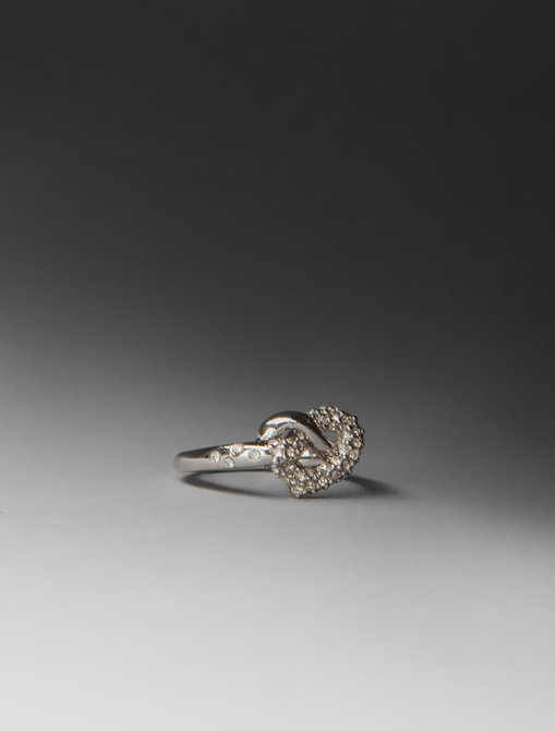 Juicy Couture Love Knot Wish Ring