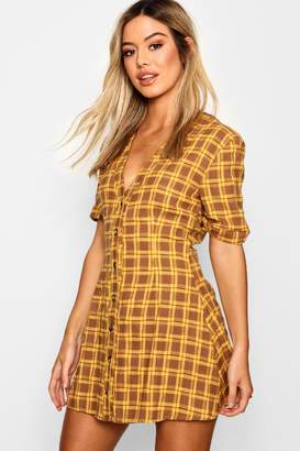 boohoo Petite Horn Button Shift Dress