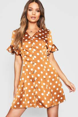 boohoo Button Front Polka Dot Flared Sleeve Shift Dress