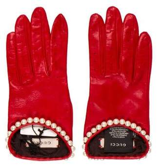 Gucci 2018 Faux-Pearl Leather Gloves w/ Tags