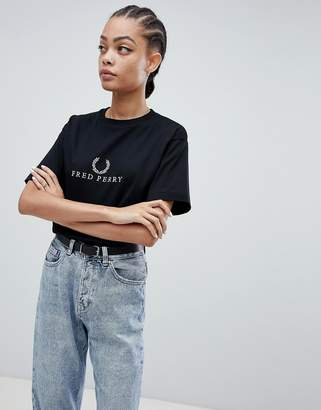 Fred Perry Wreath T-Shirt With Logo