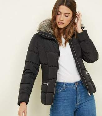 New Look Black Faux-Fur Collar Cinched Waist Puffer Jacket