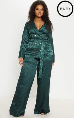 PrettyLittleThing Plus Satin Emerald Green Jacquard Long Line Blazer