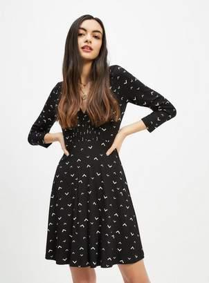 Miss Selfridge Black arrow print long sleeve tea dress