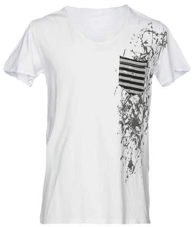 A MÒÒD T-shirts