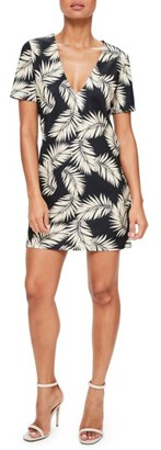 Women's Missguided Print Plunge T-Shirt Dress $52 thestylecure.com