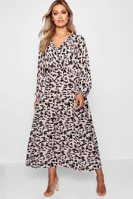 boohoo Plus Leopard Midi Dress
