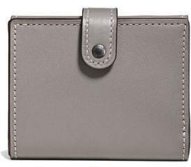 Coach Small Trifold Wallet In Glovet