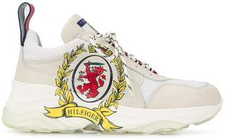 Tommy Hilfiger crest lace-up sneakers