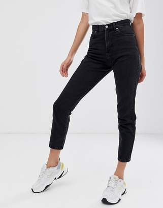 Dr. Denim Nora super high rise mom jean