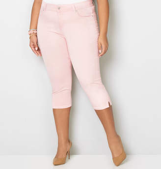 Avenue Washed Denim Capri in Pink