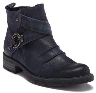 Earth Laurel Leather Boot