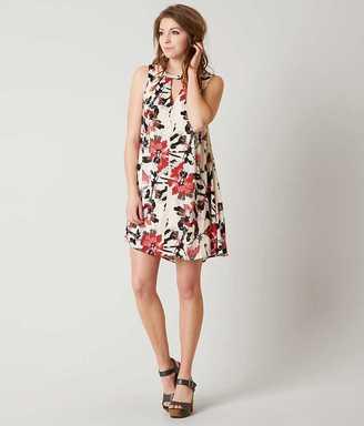 En Crème Floral Dress $44.95 thestylecure.com