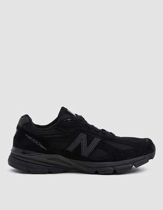New Balance 990v4 Sneaker in Black/Black