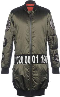 Bad Spirit Synthetic Down Jackets