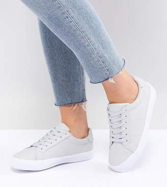 09a681f9f Asos Design DESIGN Wide Fit Devlin lace up trainers