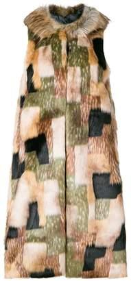 L'Autre Chose faux fur patchwork gilet
