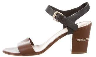 Chloé Leather Round-Toe Sandals