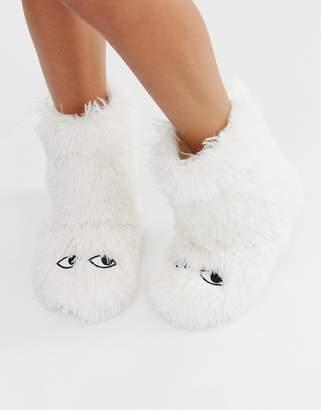 Monki fluffy slippers in white