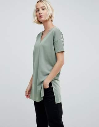 Asos DESIGN oversized longline t-shirt with v-neck in lightweight rib