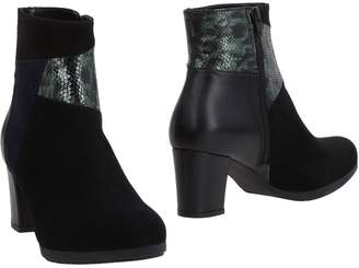 DONNA SOFT Ankle boots - Item 11487107GH