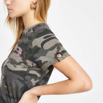 River Island Womens Green camo print rolled sleeve T-shirt