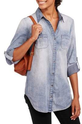 No Boundaries Juniors' Denim Button Down Shirt with Sleeve Tabs