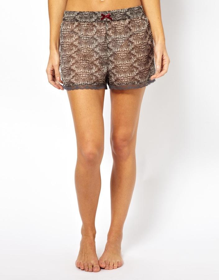 Vero Moda Dawn Print Shorts