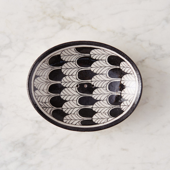 Scalloped Oval Soap Dish