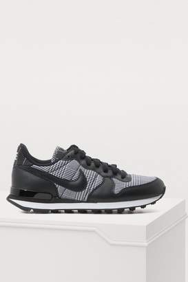 Womens Black And White Nike Trainers - ShopStyle UK f44884b6bc