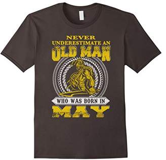 Zodiac Never Underestimate An Old Man Who Was Born In May T-Shirt