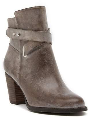 Arturo Chiang Sanya Leather Boot