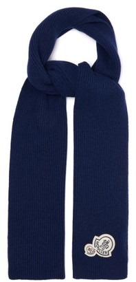 Moncler Logo Patch Wool Blend Ribbed Scarf - Mens - Blue