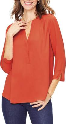 7d7867f92812a NYDJ Curves 360 by Perfect Blouse