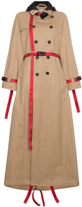 Trench coat with red belt
