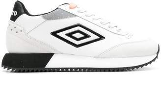 Umbro Projects embossed side logo sneakers
