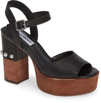 Steve Madden Tame Platform Sandal
