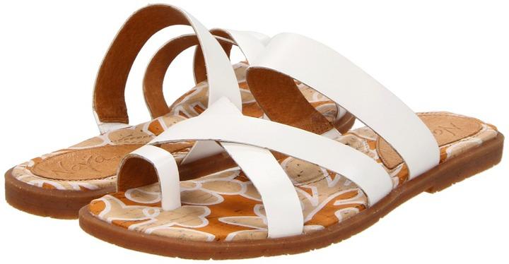 Naya Zoe (White Leather) - Footwear