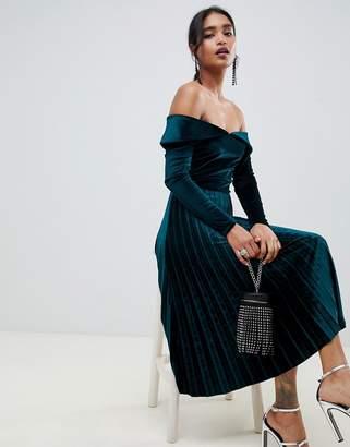 22cd0bcfd7d7 Bardot Asos Design ASOS DESIGN pleated velvet midi dress