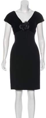 Oscar de la Renta Knee-Length Short Sleeve Dress Black Knee-Length Short Sleeve Dress