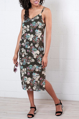 Everly Floral Midi Dress $60 thestylecure.com